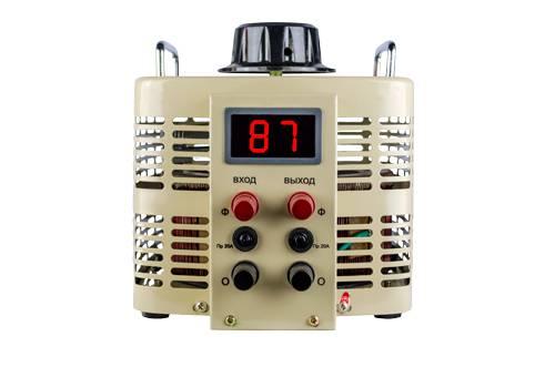 Однофазный автотрансформатор (ЛАТР) ЭНЕРГИЯ TDGC2-5 (5 кВА)Трансформаторы (ЛАТРы)<br>Тип напряжения:Однофазный; <br>Мощность (кВА):5; <br>Способ установки:Напольный;<br>Габаритные размеры (мм): 248х245х272; Вес (кг): 15.5;