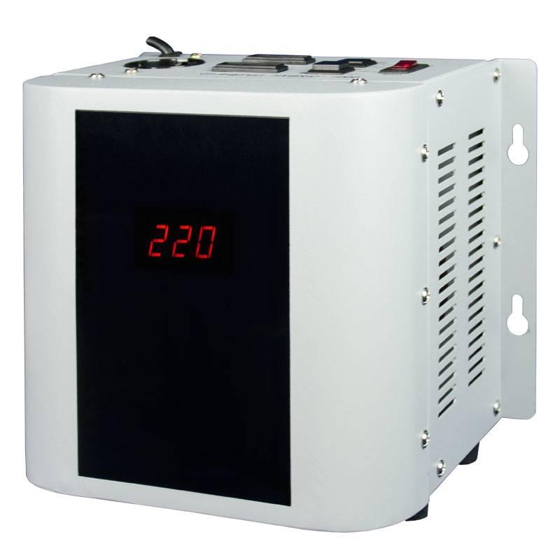 Однофазный стабилизатор напряжения Энергия Hybrid 1000 (U)Стабилизаторы<br><br>Cтрана производства: Россия; Гарантия: 12 месяцев; Расчетный срок службы: 10 лет; Габаритные размеры (мм): 240х180х235; Вес (кг): 7;